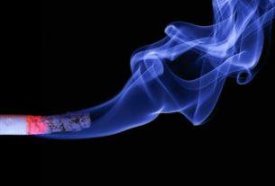 Pubic Smoking: Community Pharmacists Calls on FG To Enforce Ban