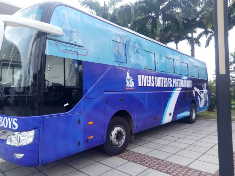 Wike Donates Buses to Rivers United and Rivers Angels